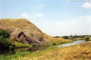 Древний вулкан на берегу Кальмиуса